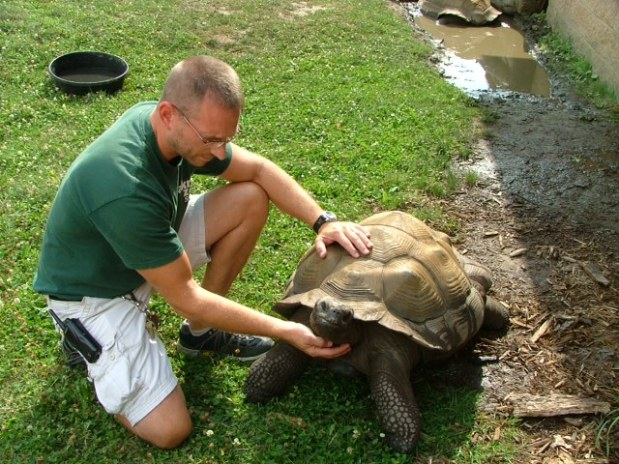 My Town: Akron Zoo Offers 'Zoorific Career Days'